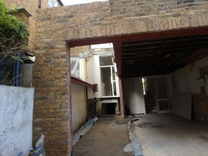 Side return infill Shepherds Bush W12 – Wall out