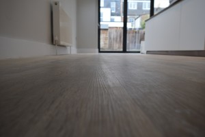 Seymour road – finishing touches – W4