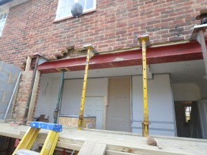 Structural Posts in Putney – SW15